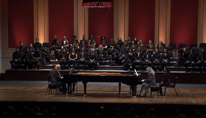 Martha Argerich e Daniel Barenboim: Piano Duos no Teatro Colón