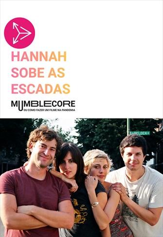 Hannah Sobe as Escadas